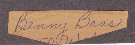 BENNY BASS CUT SIGNATURE