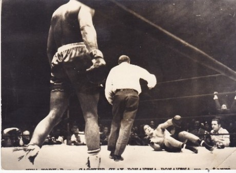 ALI CASSIUS CLAY WINS IN 15 OSCA BONEVENA WIRE PHOTO