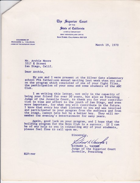 ARCHIE MOORE LETTER FROM THE SUPREME CRT. 1 PAGE OF A MOTAVATING PROGRAM 4 PAGE BOOKLET FOR KIDS