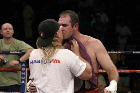 Nick Durandt kisses Anton Nel 04