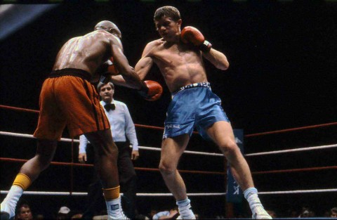 Arthur Mayisela vs Brett Taylor - African Ring