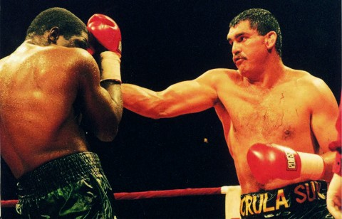 Corrie Saunders vs Ross Purity - African Ring