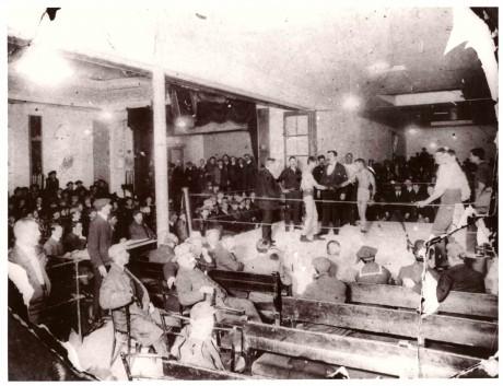 Willie Greenfield (SA Bantamweight Champion) vs Seaman Charlie Ward 1904