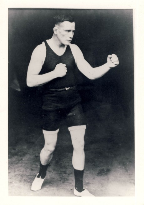 Bob Turner boxed 1899 – 1918 vought Rudy Unholtz 125 bouts