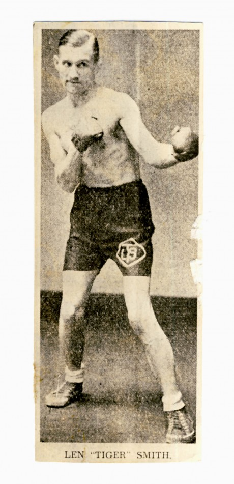 Len Tiger Mith boxed 1927-1942 bouts 212