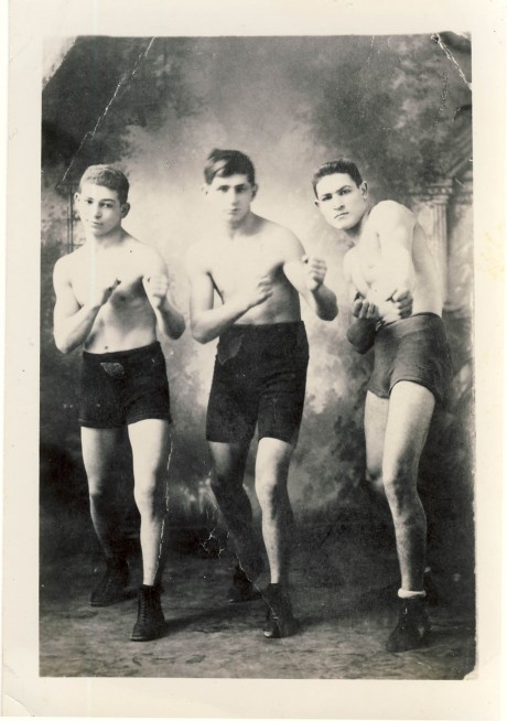 Phil Bloom (centre), Eddie Wallace (left), Soldier Bartfield (right)  boxed 1911 – 1923  fights 200