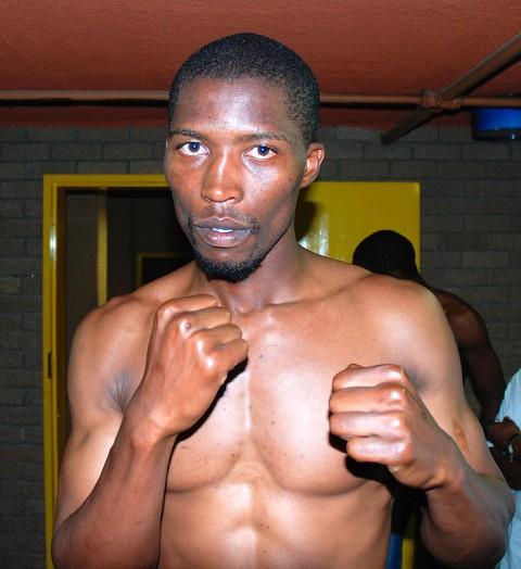 Theophelas Mpakane - African Ring
