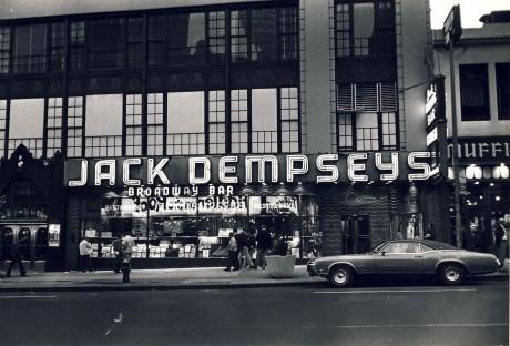 Jack Dempseys Broadway Bar