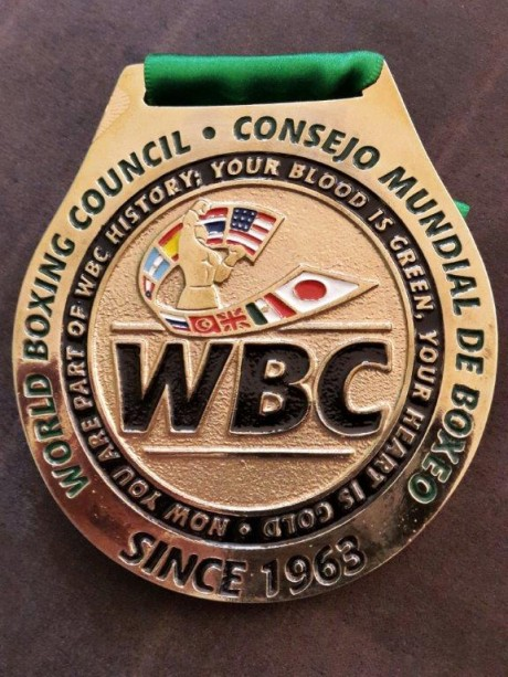 WBC MEDAL PRESENTED TO JEFF
