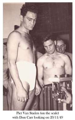 Piet van Staden (left) vs Don Carr KZN 29-11-1949 - African Ring