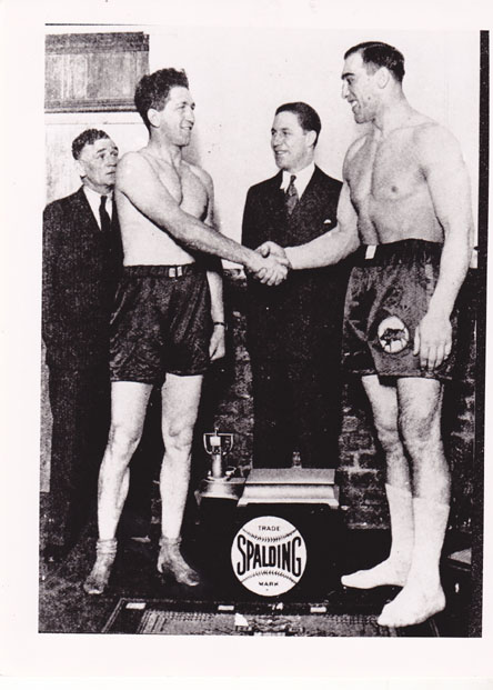 Don McCorkindale vs Primo Carnero - African Ring